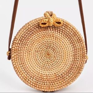 Round rattan Straw crossbody bag